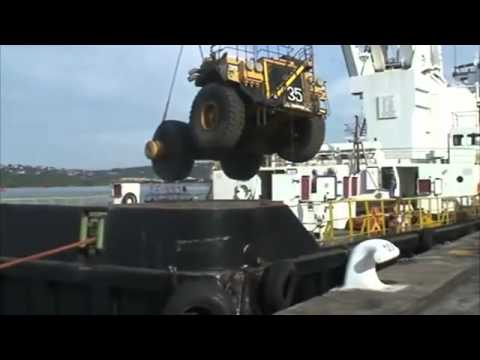 Chain Breaks While Loading Cargo Ship