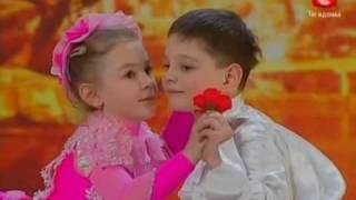 wow ank kecil umur 6 dan 7 th dance woww banget...