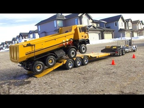 Video RC ADVENTURES   Chrome Tamiya King Hauler Truck Pulls 8x8 Tipper Truck  On Triple Axle Trailer