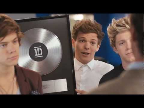 One Direction Pepsi Commercial with Drew Brees [HD]