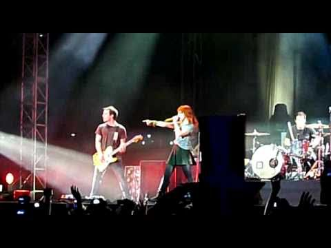Ignorance (Opening Song) - Paramore Concert Live in Kuala Lumpur, Malaysia 2010