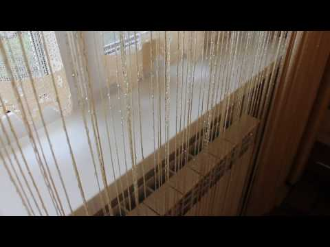 оформление окна---как вариант--шторы нитки. - UCtZMF1A2hEKzNGuVNtk3FPQ