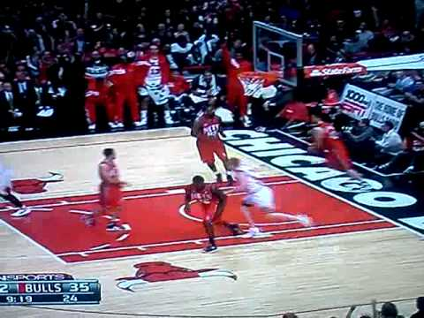 Thumbnail image for 'Brian Scalabrine Performing the Greatest Move in the History of the NBA (VIDEO)'