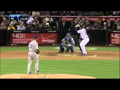 very funny sports moments.....must watch.....FLV