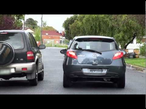 Driving Tutorial #1 - Reverse Park With No Vehicle Behind - Can Be Used For VicRoads Drive Test
