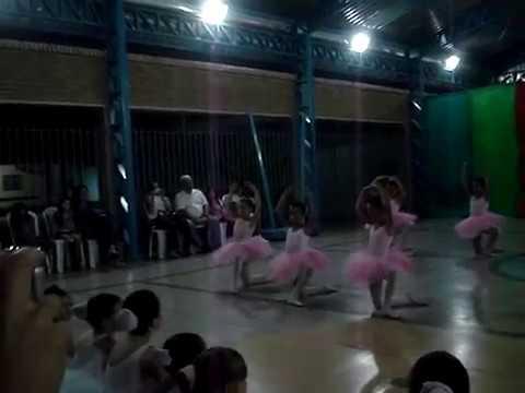 Ballet do colegio maria montessori