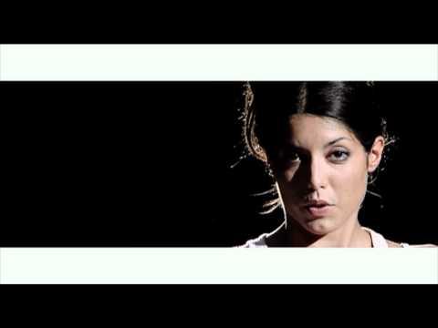 Mai più soli - Paola