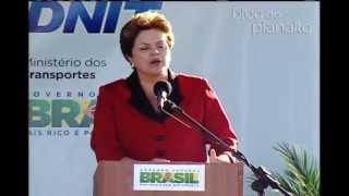 Presidenta Dilma fala sobre economia do país  em  Laguna.