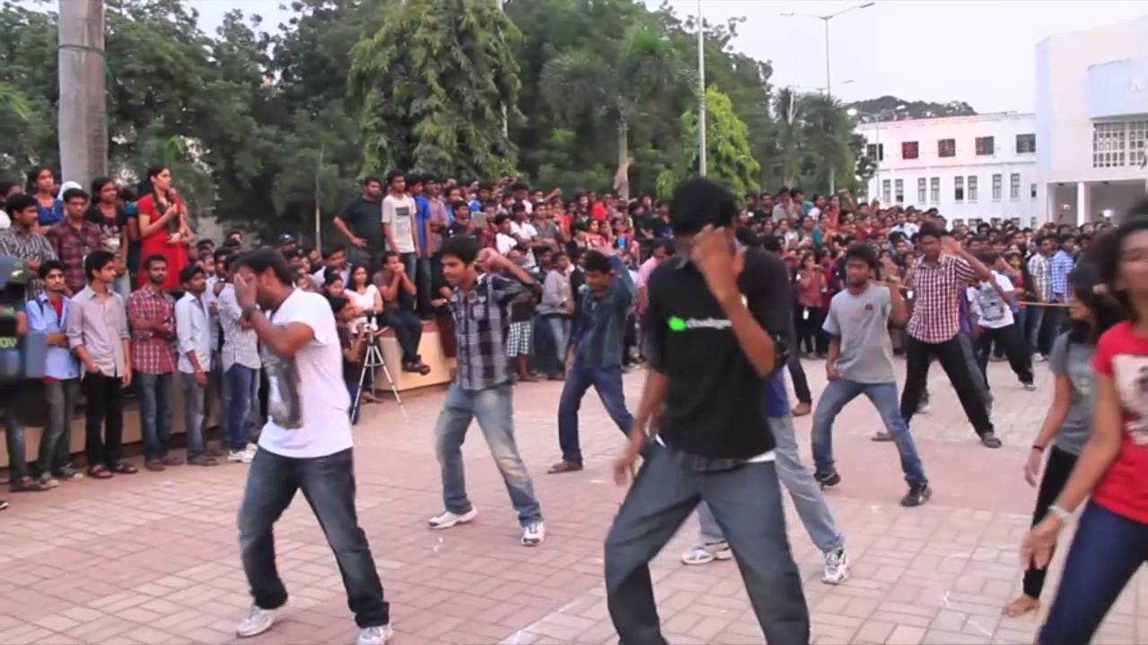 Flashmob NIT Warangal for SpringSpree during Techn