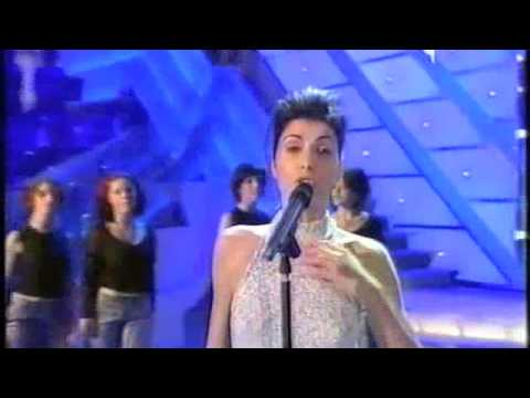 Giorgia - Di sole e d'azzurro - Sanremo 2001.m4v