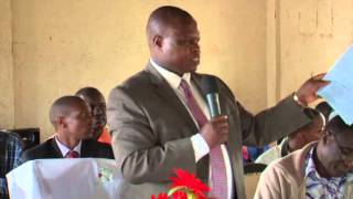 H.E the Deputy Governor Joash Maangi addresses secondary school students' leaders at Itibo