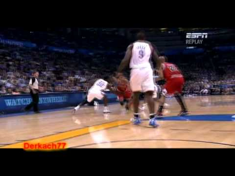 Derrick Rose Highlights vs Thunder (10.27.10)
