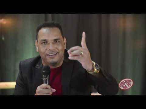 GIL MARQUES ARAUJO - A REVELAÇÃO DA MUSICA UNIVERSITÁRIA NO BRASIL