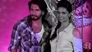Ranveer Singh & Deepika Padukone promoting 'Ram-leela' at a mall in Mumbai