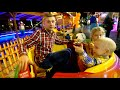 Фрагмент с конца видео - Веселый парк Милана делает сальто играем и веселимся семейные развлечений для всей семьи
