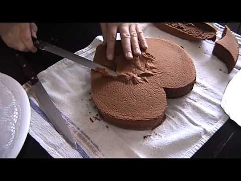 Valentinovo - Srce torta [Valentine's Day - heart shaped cake]