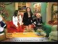Dorismar enseñando Tanga y Piernas con Minifalda y Escote