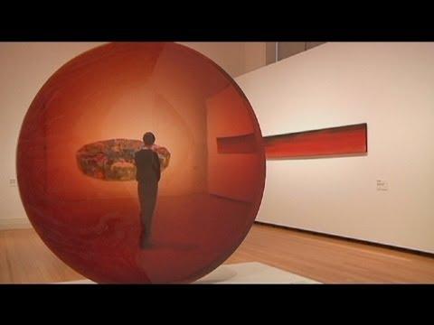 """euronews le mag - """"Archeologia della modernità"""", l'arte Californiana a Berlino"""