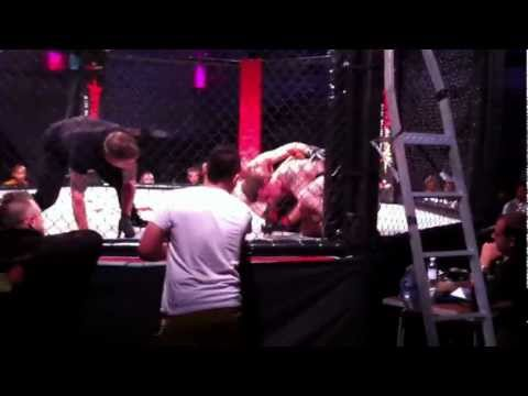 luck foster mma fight round 1