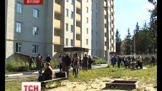 Движение в Житомире перекрыли семьи военных
