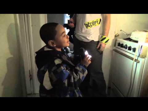 AMAZING! Homeless Family Occupies Foreclosed Home in Brooklyn (Inside Story)