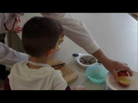 Community Montessori School - Toddler Snack Preparation