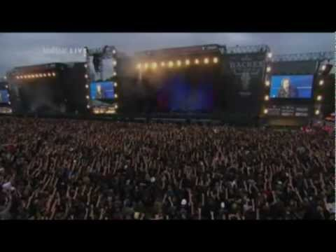 Avantasia - Reach out for the light (feat. Michael Kiske)  WACKEN 2011 LIVE