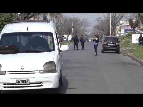 Una mujer murió al ser atropellada por un auto cuando cruzaba la calle