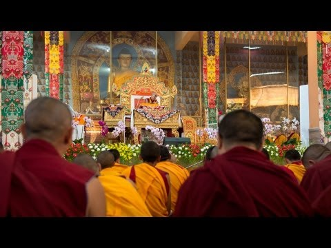 Day 2am - 18 Great Stages of the Path (Lam Rim) Commentaries - His Holiness the Dalai Lama