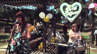 Best Coast - Boyfriend [OFFICIAL VIDEO]