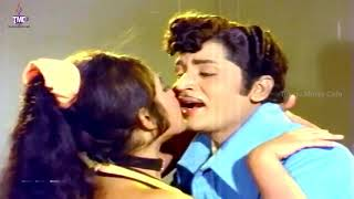 Gulaabi Puvvai Video Song - Annadammula Anubandham