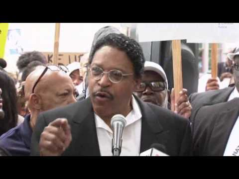 Rally for Trayvon Martin Held in Los Angeles