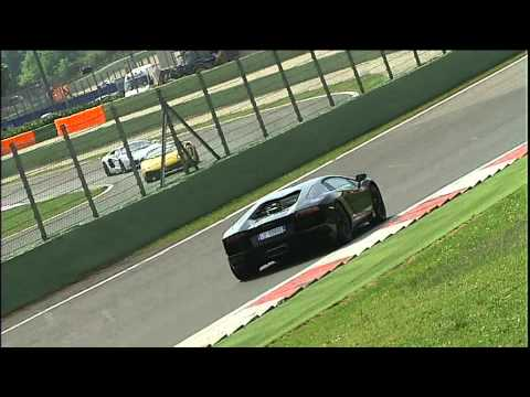 Lamborghini Aventador racing at Vallelunga - dynamics (Part 2)