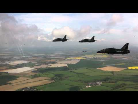 Queens Diamond Jubilee EIIR Flypast 19 May 2012 - A Pilot's View