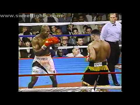 Evander Holyfield fights Ray Mercer
