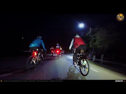 Montaj video: Joi seara pedalam lejer / #54 / Bucuresti - Darasti-Ilfov - 1 Decembrie [VIDEO]