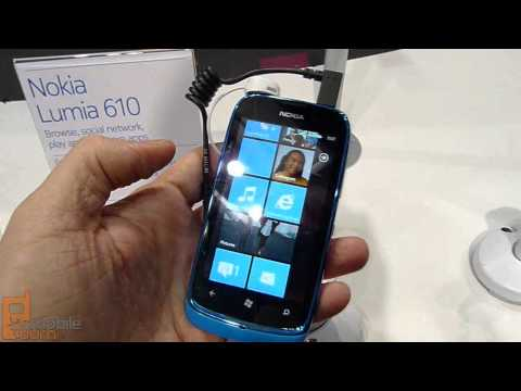 Nokia Lumia 610 Windows Phone live demo