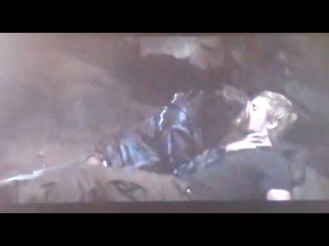 Hunger Games: Katniss and Peeta kissing scene