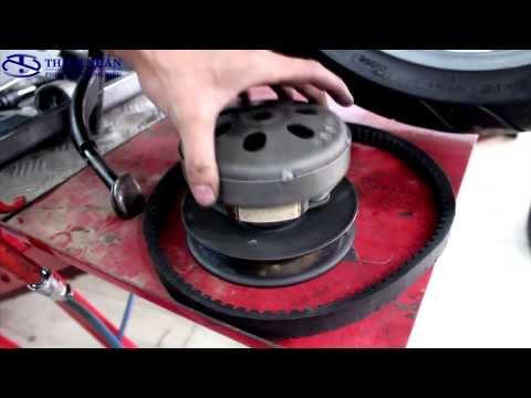 Cách kiểm tra dây curoa và vệ sinh nồi cho xe tay ga