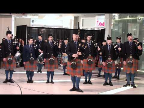 Scottish Bagpipers at Metrotown Centre 3