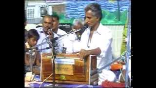 Gujarati Santvani Lok Dayro D Vol - 5