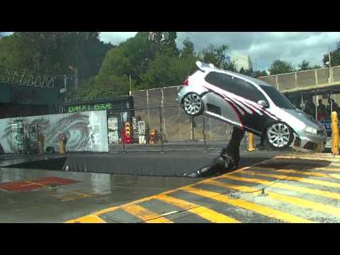 شاهد كيف يتم تصوير مشاهد تفجير السيارات في فيلم  Fast and Furious
