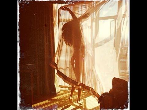 ¡Selena Gómez Foto DESNUDA, Miley Cyrus QUEMADA!