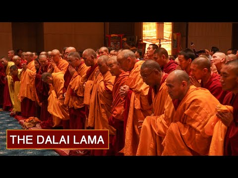 Day 3 pm - Guide to the Bodhisattva's Way of Life - Delhi, 2012 - His Holiness the Dalai Lama