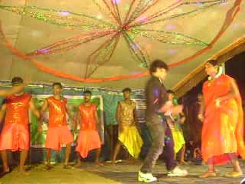 Tamil dancer dance in record dance hot|aadalum padalum hot 2013|Record dance 2013