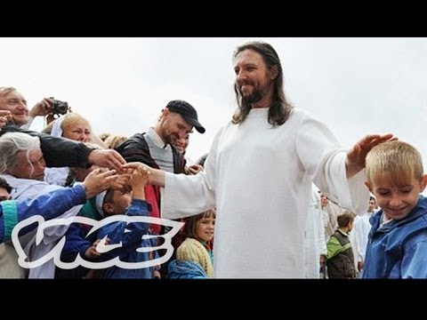 Cult Leader Thinks He's Jesus (Documentary Exclusive)