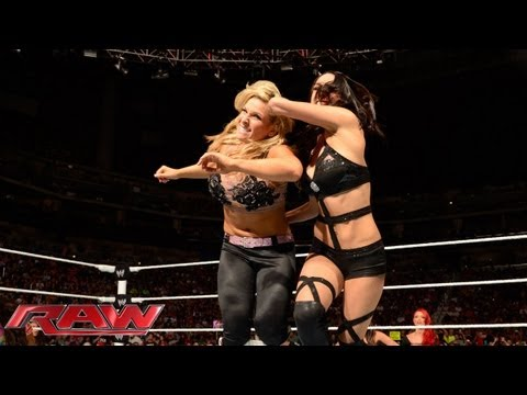 Natalya vs. Naomi vs. Brie Bella - Triple Threat No. 1 Contender's Match: Raw, Sept. 2, 2013