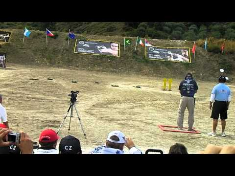 Jerry Miculek shoot off final  world shoot 2011 rhodos