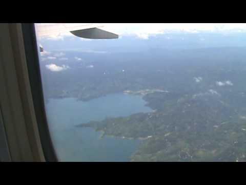Avion despegando de Comalapa