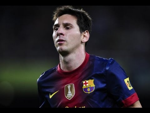 Barcelona Vs Real Madrid (1-2) (La Liga Highlights) Messi Vs Ronaldo (PES 2012 Vs FIFA 12)